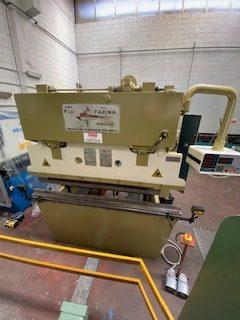 Piegatrice idraulica FARINA 2000×80 Ton.
