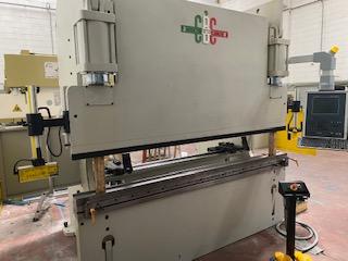 Piegatrice idraulica CBC 2500×100 Ton.