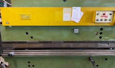 Piegatrice idraulica OMAG 2500×35 Ton.
